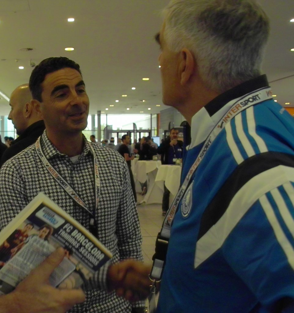Athanasios Terzis mit Frank Engel (DFB) auf dem Internationalen Trainerkongress 2016