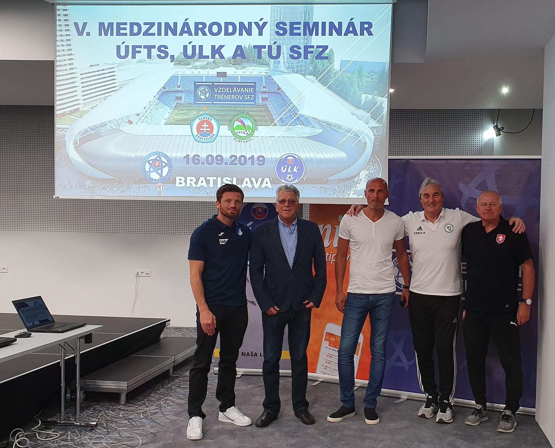 Philipp Dahm und Peter Schreiner waren Referenten in der Slowakei.
